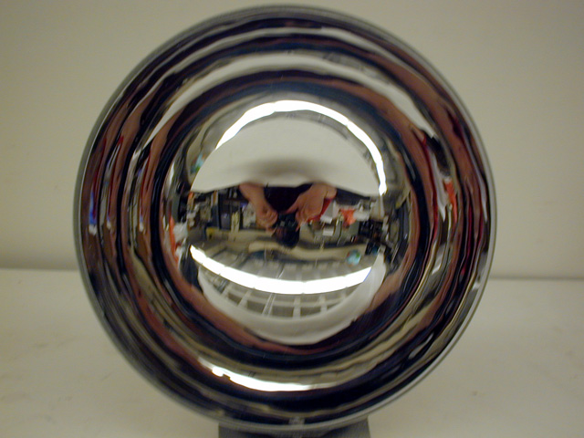 6A20 45 - Mirrors - Concave, Convex, Large Parabolic